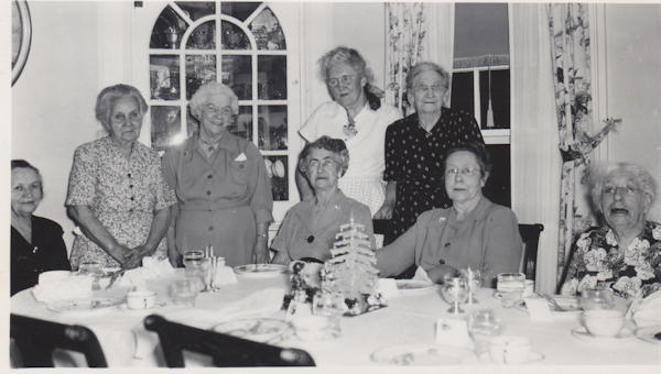 holidayparty1953