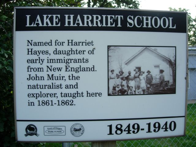 Lake Harriet School