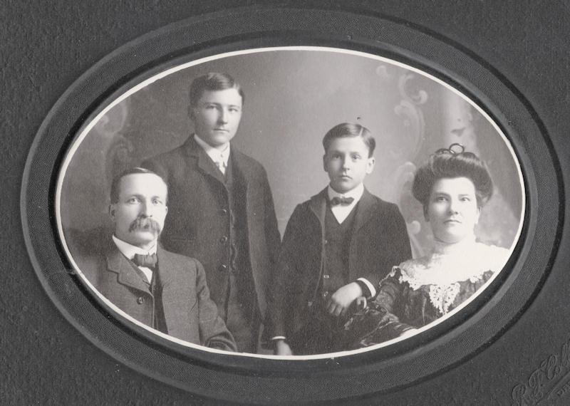 William, Vaughn, Herbert and Lillian Williams (1904)